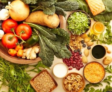 Mediterranean foods with kale